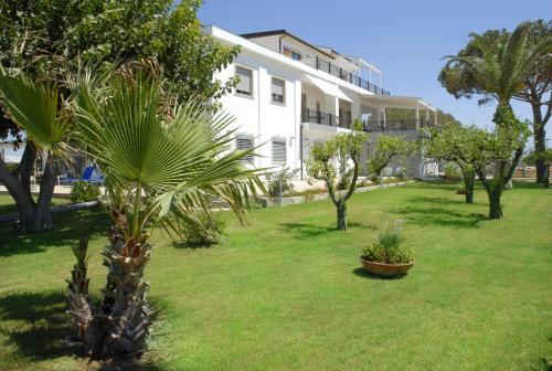 Отель Sikelika Residence Sul Mare 0 звёзд Италия