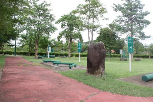Thai Diamond Land Kaengkrachan