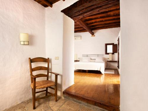 Double or Twin Room Agroturismo Ca n'Escandell 3