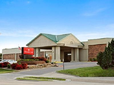 Picture of Ramada Topeka West