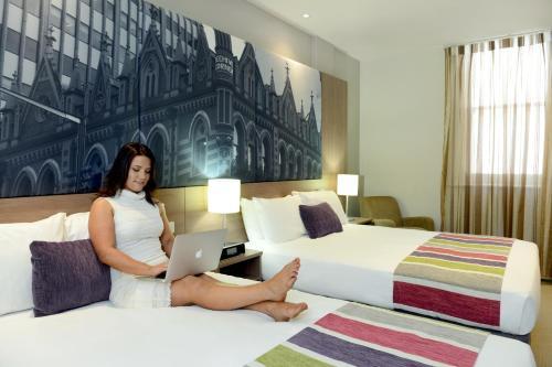 Mercure grosvenor hotel adelaide accommodation in for 195 north terrace adelaide