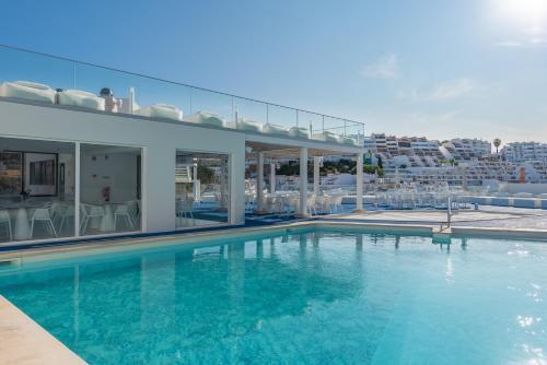 Cheerfulway California Hotel Albufeira Algarve Portogallo