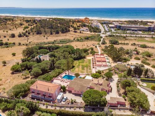 Inn Seventies Cheap and Chic Lagos Algarve Portogallo