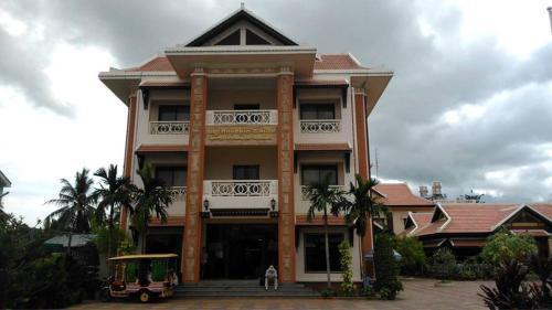 Victoria Hotel, Battambang