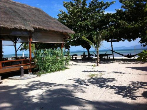 Bungalow - ved stranden (4 voksne)  (Bungalow - Beach Front (4 Adults) )