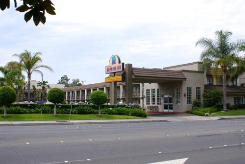 Picture of Anaheim Express Inn Maingate