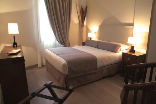 Double Room with 1 bed - single occupancy Le Petit Boutique Hotel 6
