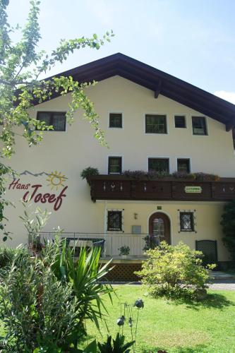 More about Haus Josef