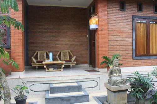 Jembawan House