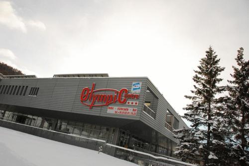 foto Olympic Centre (San Sicario)