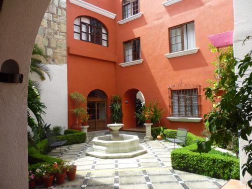 Hotel Trébol front view