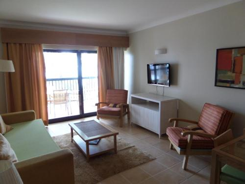 Superior One-Bedroom Apartment with Sea View - New Year's Package