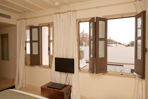 Suite Junior with Terrace Balcón de Córdoba 4