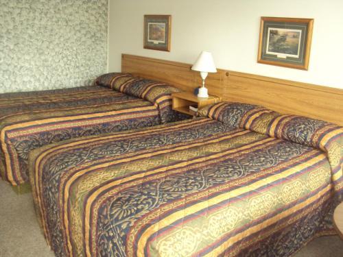 Pine Grove Motel Lancaster Wi