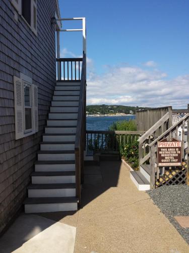 Bearskin Neck Motor Lodge Rockport North Shore