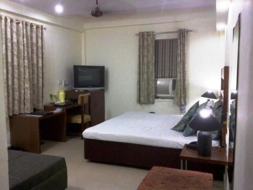 Aravali Hotel- Managed By Una Hotels