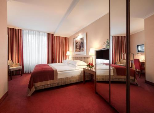 Best Western Plus Hotel St. Raphael photo 2