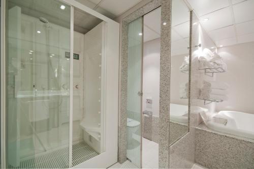 Oferta especial - Habitación Junior con paquete de relajación A Casa Canut Hotel Gastronòmic 3