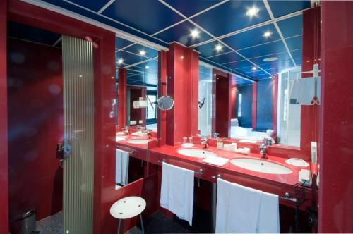 Oferta especial - Habitación Top Class con paquete de relajación A Casa Canut Hotel Gastronòmic 5