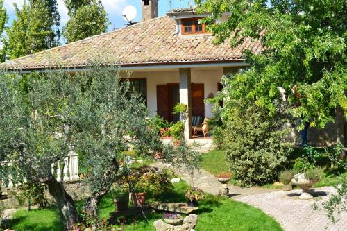 foto Bed And Breakfast Casa Rosella-Country House (Cerreto Laziale)