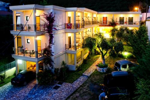 Picture of Hotel Loukas & Apartments