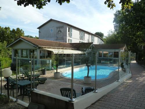 R server un hotel pas cher montferrier sur lez 34980 for Reserver chambre hotel pas cher
