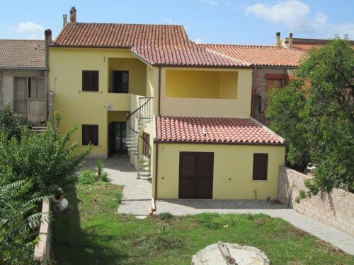foto Case Vacanza Suni-Suni city centre (Suni)