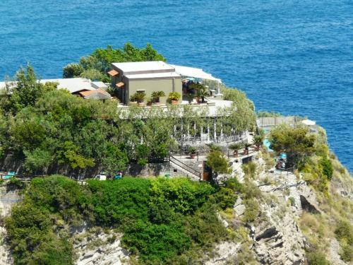 foto Punta Chiarito Resort (Serrara Fontana)