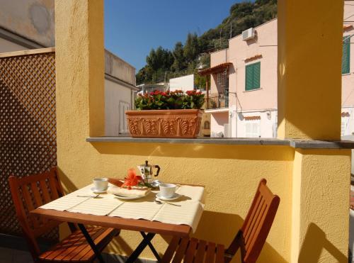 Co Ameno Hotel La Reginella Terme