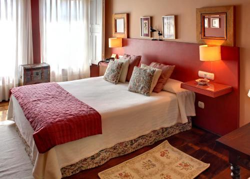 Double or Twin Room Mar Del Sueve 8