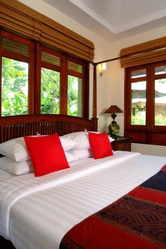 Iyarintara Resort Chiang Mai Hang Dong Thailand By Owner