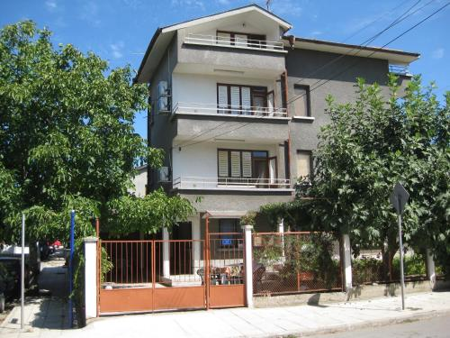 Ve-Ga Apartments