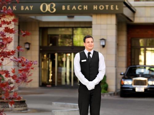 Oak Bay Beach Hotel - 39 of 41