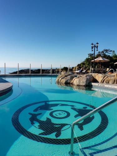 Oak Bay Beach Hotel - 2 of 41