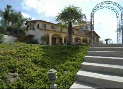 Santa Margarita Inn