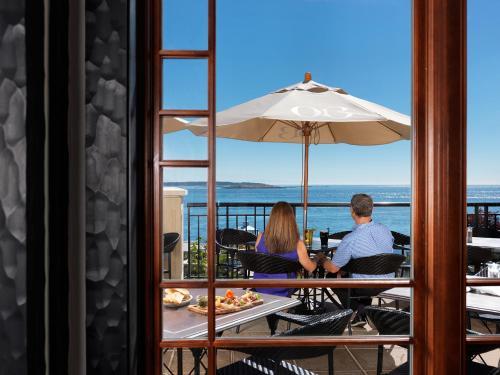 Oak Bay Beach Hotel - 23 of 41