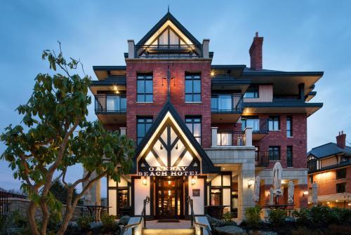 Oak Bay Beach Hotel - 29 of 41