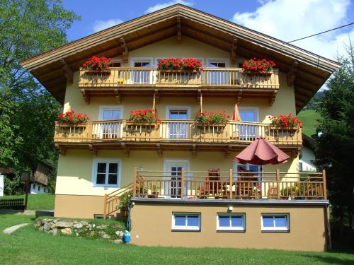 G 252 Nstige Pensionen In Brixen Im Thale 214 Sterreich
