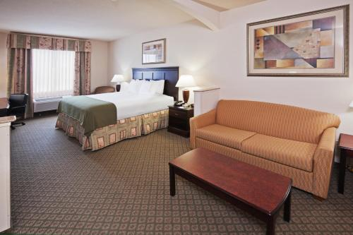 Holiday Inn Express Hotel And Suites Corsicana I 45