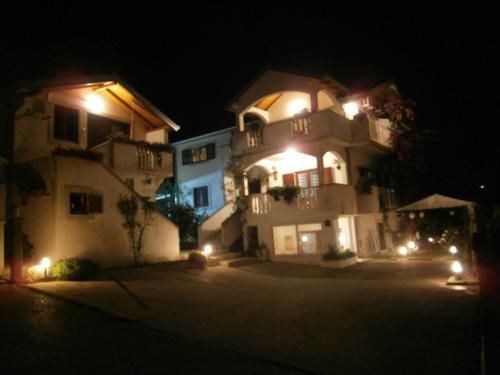Apartments Petrina