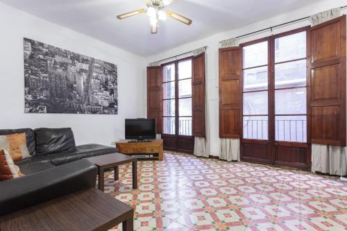 Palma Santa Eulalia Square Apartment