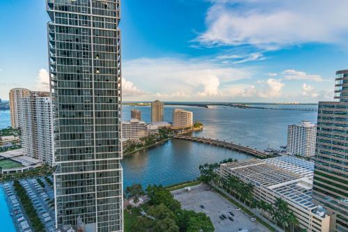Breathtaking Views of Miami at Icon Brickell W - Miami