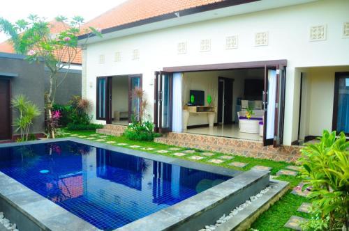 Villa Jati Emas Seminyak