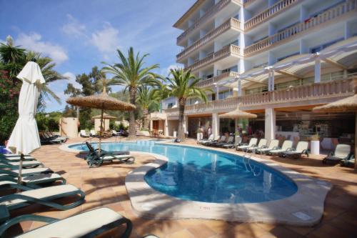 Отель Apartamentos Cala Santanyi 0 звёзд Испания