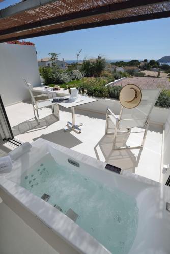 Habitación Doble Premium con jardín suspendido con vistas al mar Boutique Hotel Spa Calma Blanca 2
