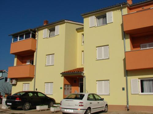Apartments Štinjan