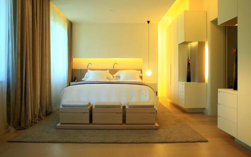Suite Room (1 or 2 people) ABaC Restaurant Hotel Barcelona GL Monumento 1