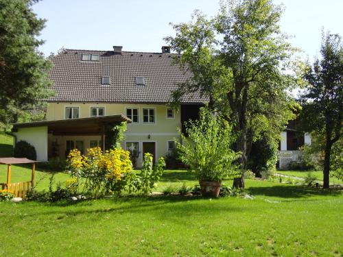 Landhaus Arztmann - Studio mit Balkon