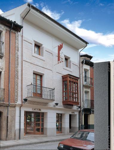 Отель Hotel Isabel 2 звезды Испания