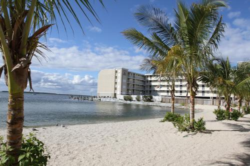 Princess Bayside Beach Hotel Ocean City Md Aaa Com